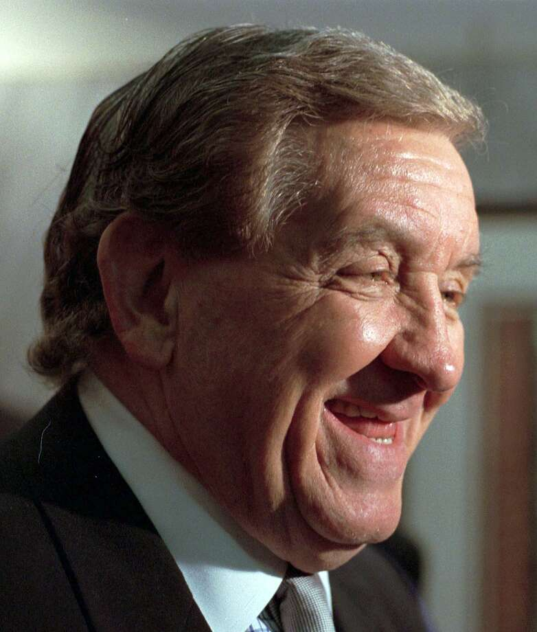 "FILE - This Feb. 5, 1998 file photo shows actor George Lindsey, who portrayed Goober, in the television series ""The Andy Griffith Show"". Lindsey, who spent nearly 30 years as the grinning Goober , has died, Sunday, May 6, 2012. He was 83. (AP Photo/Montgomery Advertiser, Lloyd Gallman, file) Photo: ASSOCIATED PRESS / AP2007"