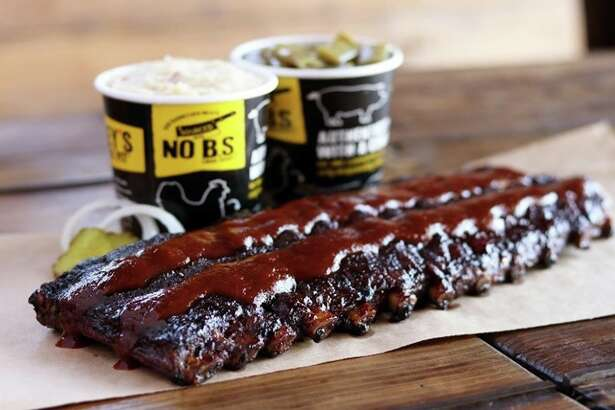 Dickey's Barbecue Pit celebrated its grand opening in Friendswood with four weeks worth of parties.