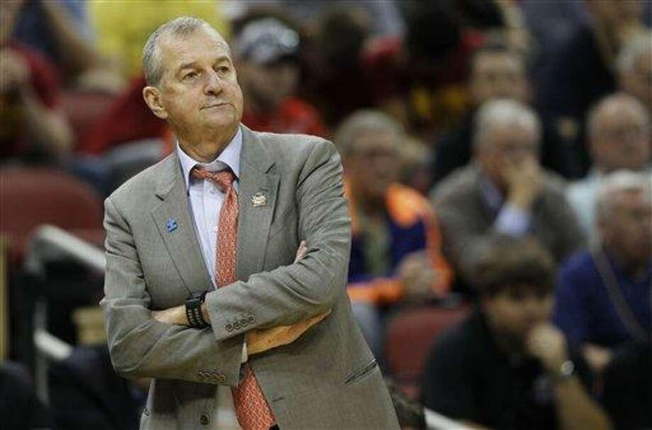 Connecticut head coach Jim Calhoun. (AP Photo/John Bazemore) Photo: ASSOCIATED PRESS / AP2012