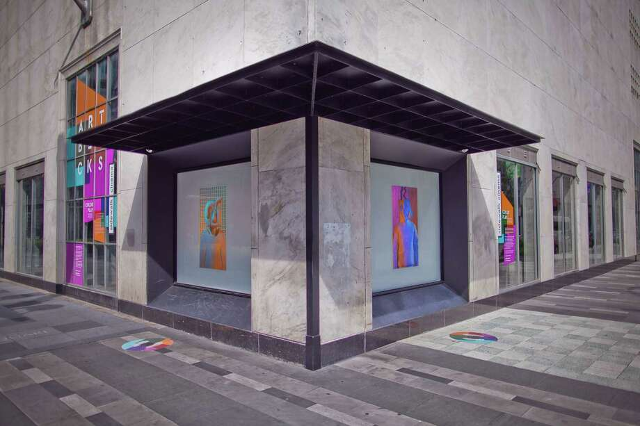 The Houston Downtown Management District (Downtown District) and Aurora Picture Show continue to program Sidewalk Cinema with contemporary video works. Rickybird (mint, hot pink) and Still Life (orange to blue) by Los Angeles-based artist Brian Bress are now on view in two windows of the Sakowitz garage at 1111 Main Street.