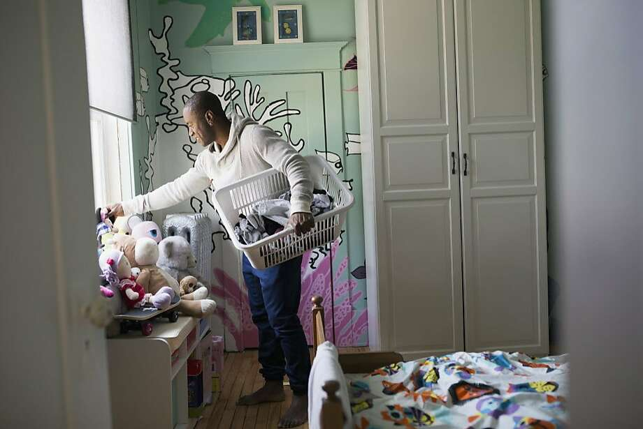 A stay-at-home doesn't want people to think poorly of him. Photo: Hero Images, Getty Images/Hero Images
