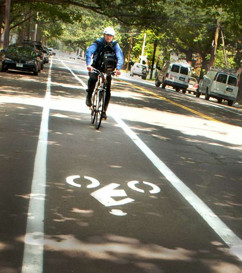New Haven-The city created bike lanes along Howard Ave. between Yale and City Point.    Melanie Stengel/Register