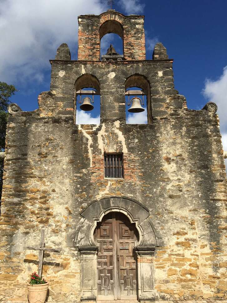 The church doorway at Mission Espada has long been a source of curiosity, with scholars wondering if its stones were mistakenly placed incorrectly.Missions researcher James E. Ivey believes the doorway's uniqueconstruction was a thoughtful, creative response to a tight budget and scaled-down church design.