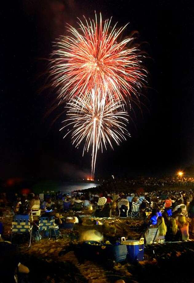 Arnold Gold/Register file photo: Spectators out at Savin Rock in West Haven enjoyed the show.
