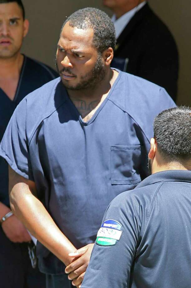 """Charles Lee Bethany, aka """"Shitty,"""" is led out of Federal Court after his arrest on drug charges, Thursday, July 27, 2017. He is accused of selling crack cocaine. Photo: JERRY LARA, San Antonio Express-News / San Antonio Express-News"""
