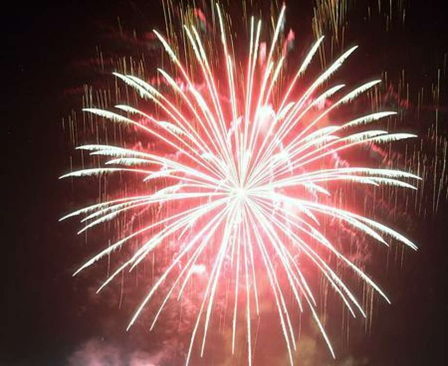 The Annual Wallingford town fireworks display lights up the sky over Hope Hill Road in 2009. (Peter Casolino)