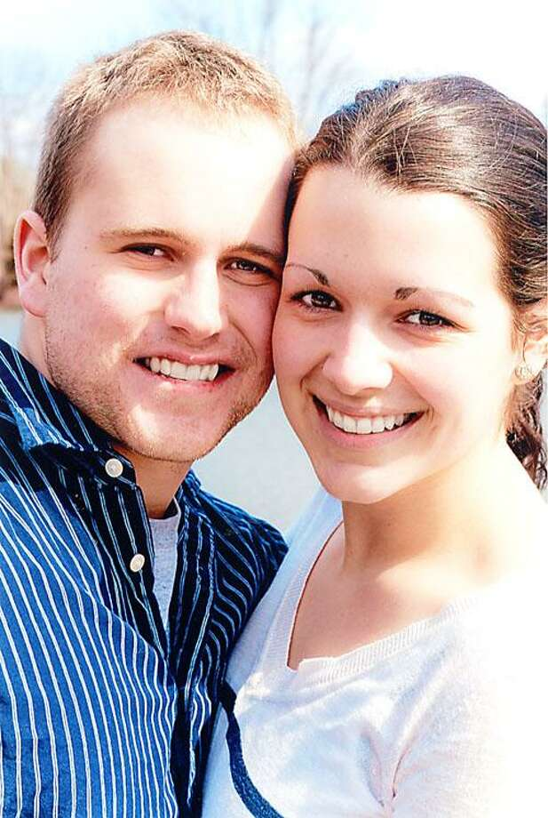Michael Drew Komarek and Alyssa Kathryn Farina