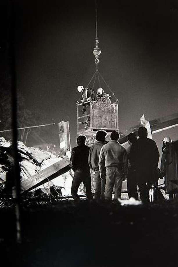 April 23, 1987 - L'Ambiance Plaza collapse.