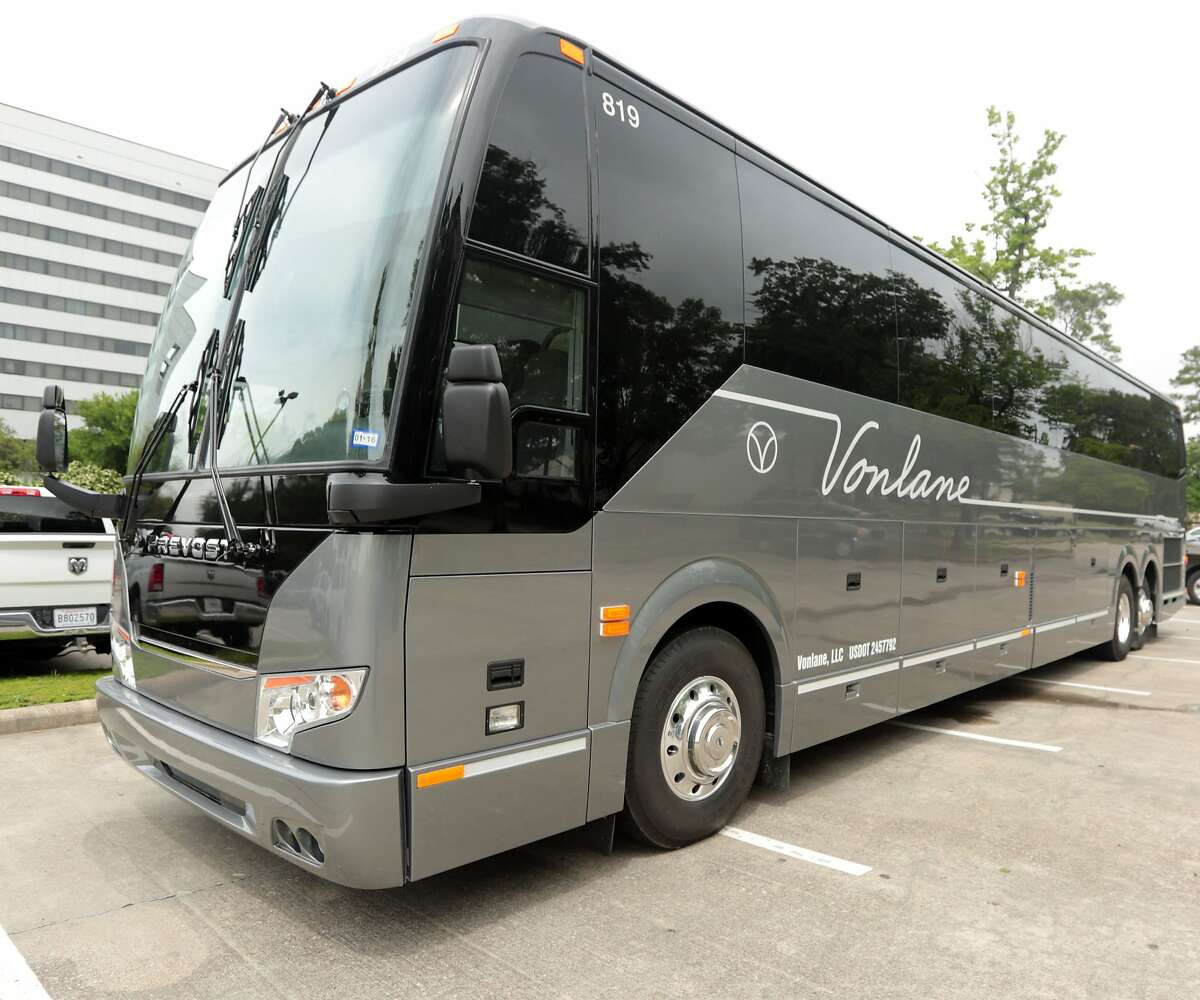 Traveling Just Got Easier With Luxury Coach Vonlane Serving As Your Private Jet On Wheels