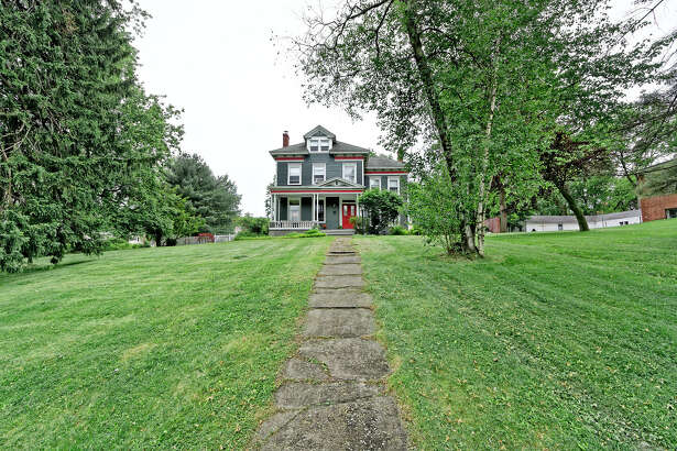 House of the Week: 66 Mansion St., Coxsackie     Realtor:    Deborah Smith of Coldwell Banker Prime Properties     Discuss:   Talk about this house