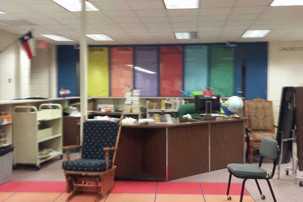 North Belt Elementary makes plans for new changes to their library.