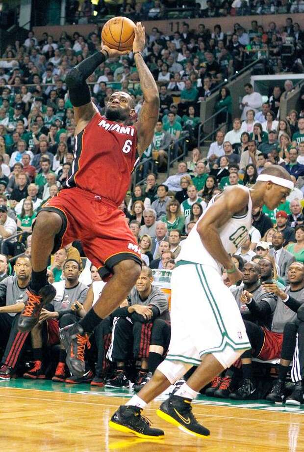 Celtics Lebron James Scores 45 Heat Force Game 7 New Haven Register