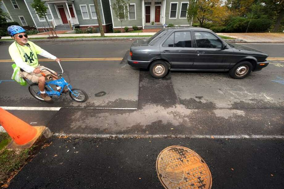 The road work at 655 Quinnipiac Ave. in New Haven which Seeclickfix has identified as a continuing problem. VM Williams/Register