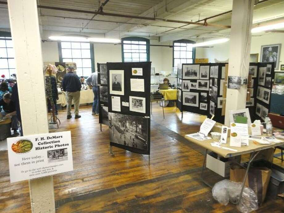 "JASON SIEDZIK/ Register Citizen Guest artists packed Whiting Mills for their Open Studios weekend. To purchase a glossy photo of this picture, visit <a href=""http://registercitizen.com"">registercitizen.com</a>."