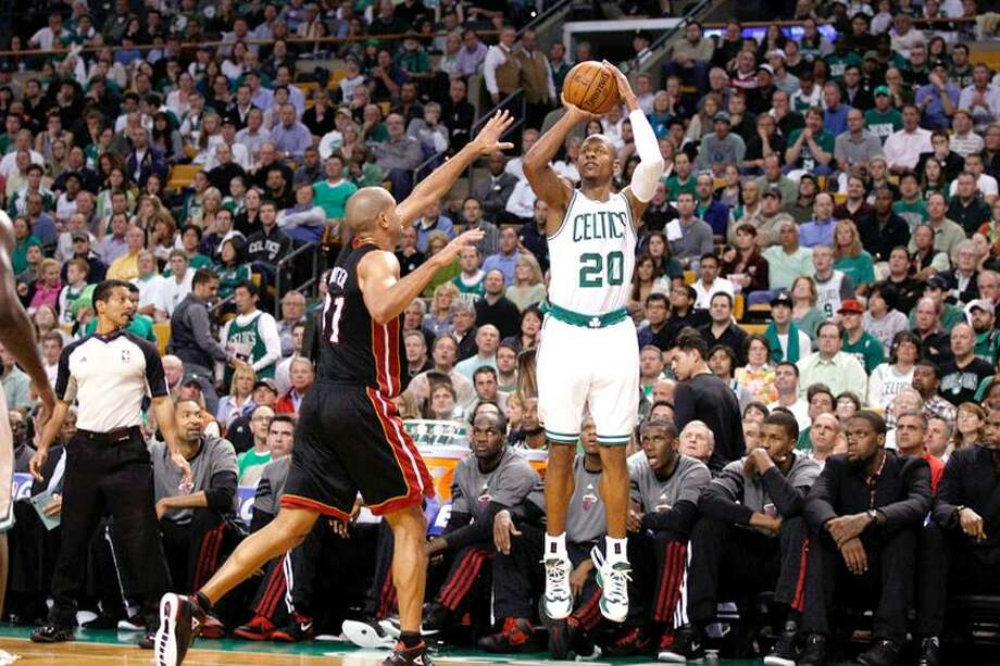 June 3, 2012; Boston, MA, USA; Boston Celtics shooting guard Ray Allen (20) takes a shot while guarded by Miami Heat small forward Shane Battier (31) during the second half in game four of the Eastern Conference finals of the 2012 NBA playoffs at TD Garden. Mandatory Credit: David Butler II-US PRESSWIRE Photo: US PRESSWIRE / David Butler II