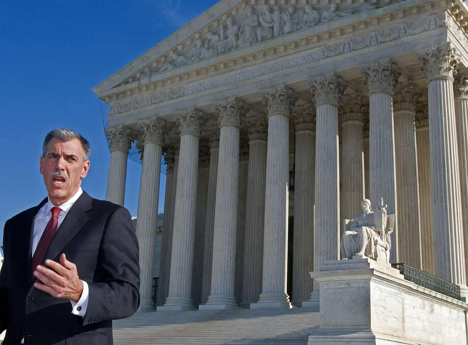 LinkedIn has employed former U.S. Solicitor General Donald Verrilli, seen here in 2008 in front of the Supreme Court, in its battle with a startup over data. Photo: PAUL J. RICHARDS, AFP/Getty Images