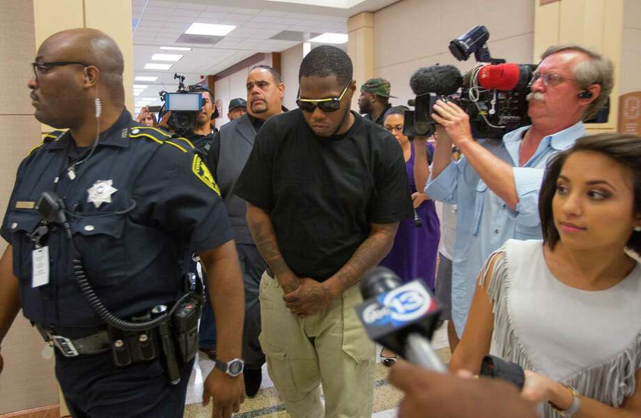 Rapper Z-Ro, whose given name is Joseph Wayne McVey, leaves the Harris County Courthouse on Thursday after a judge agreed to a motion for emergency protection for his former girlfriend, who accuses him of assaulting her. Photo: Mark Mulligan, Staff Photographer / 2017 Mark Mulligan / Houston Chronicle