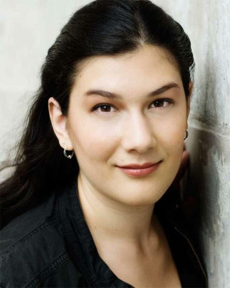 New Haven mezzo-soprano Annie Rosen