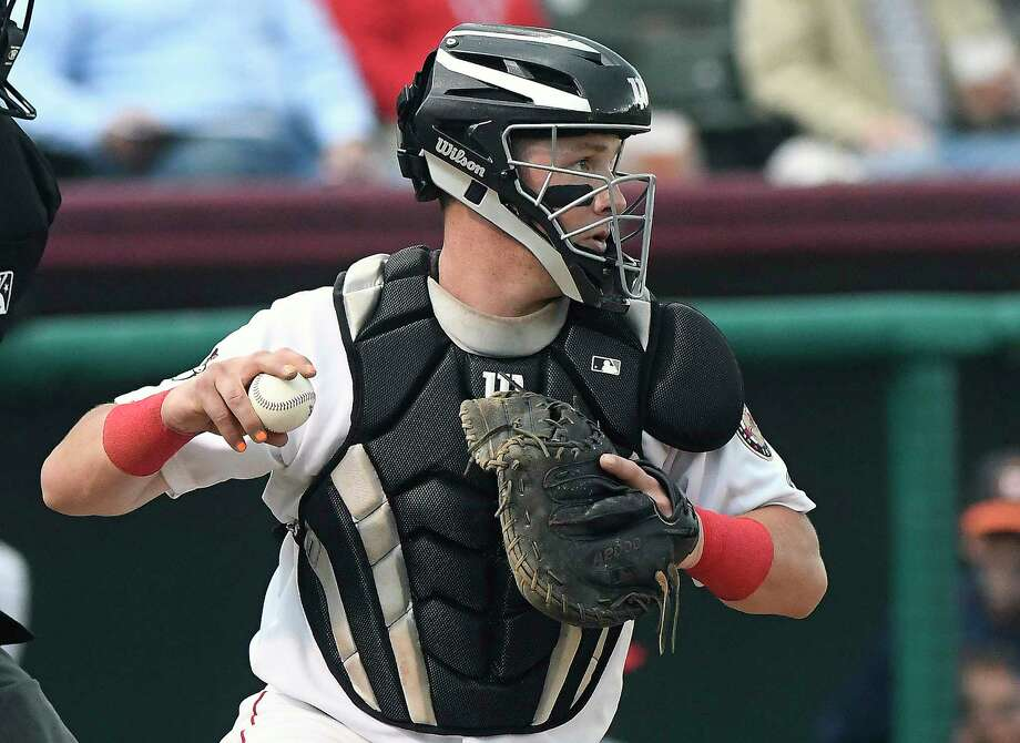 Tri-City ValleyCats catcher Michael Papierski (9) in action against the Staten Island Yankees during a minor league baseball game on Thursday, July 27, 2017, in Troy, N.Y. (Hans Pennink / Special to the Times Union)  ORG XMIT: HP103 Photo: Hans Pennink / Hans Pennink