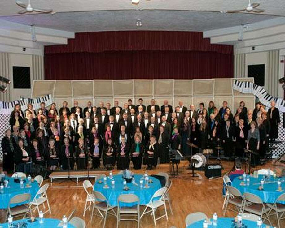 Photo courtesy George Puglisi The Oneida Area Civic Chorale at the Kallet in 2010. / George_Puglisi