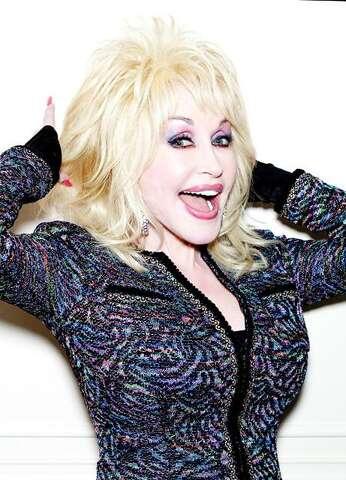 326894acda1 Dolly PartonDolly Parton at the Savoy Hotel
