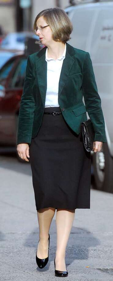 Susanne Kos walks into Superior Court in New Haven Monday. (Arnold Gold/Register)