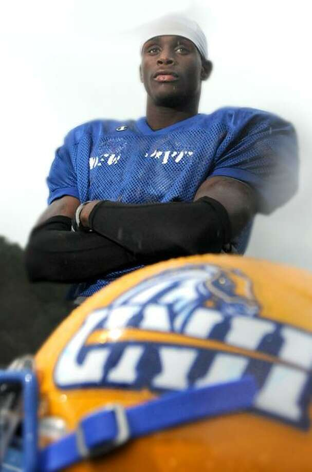 University of New Haven defensive back Bernard Risco, a former Hillhouse High School football player 9/15/11 at UNH.Photo by Peter Hvizdak / New Haven Register September 15, 2011       ph2364            Connecticut