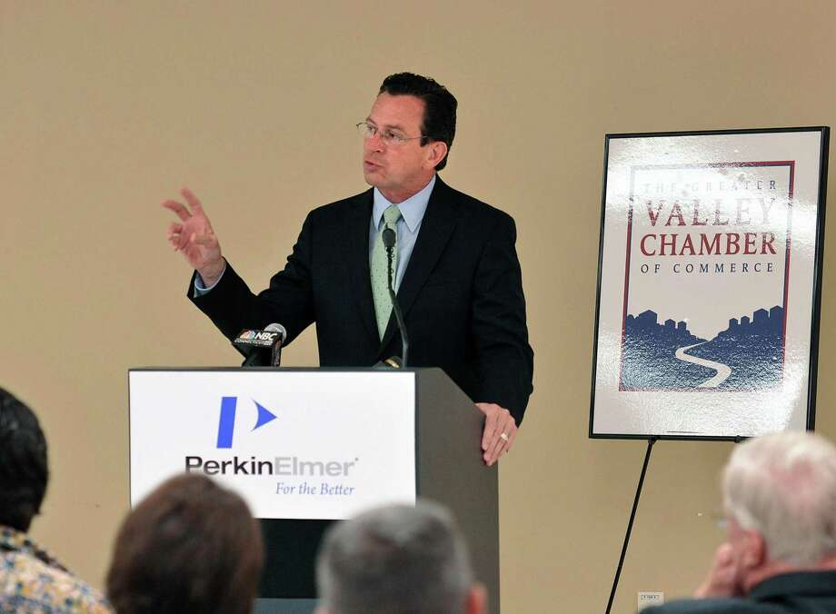 Gov. Dannel P. Malloy speaks to members of the Valley Chamber of Commerce, workers at Perkin Elmer Instruments and others during a forum focusing on jobs held at the Shelton Company. (Photo by Peter Casolino/New Haven Register)  Cas110713   7/11/13