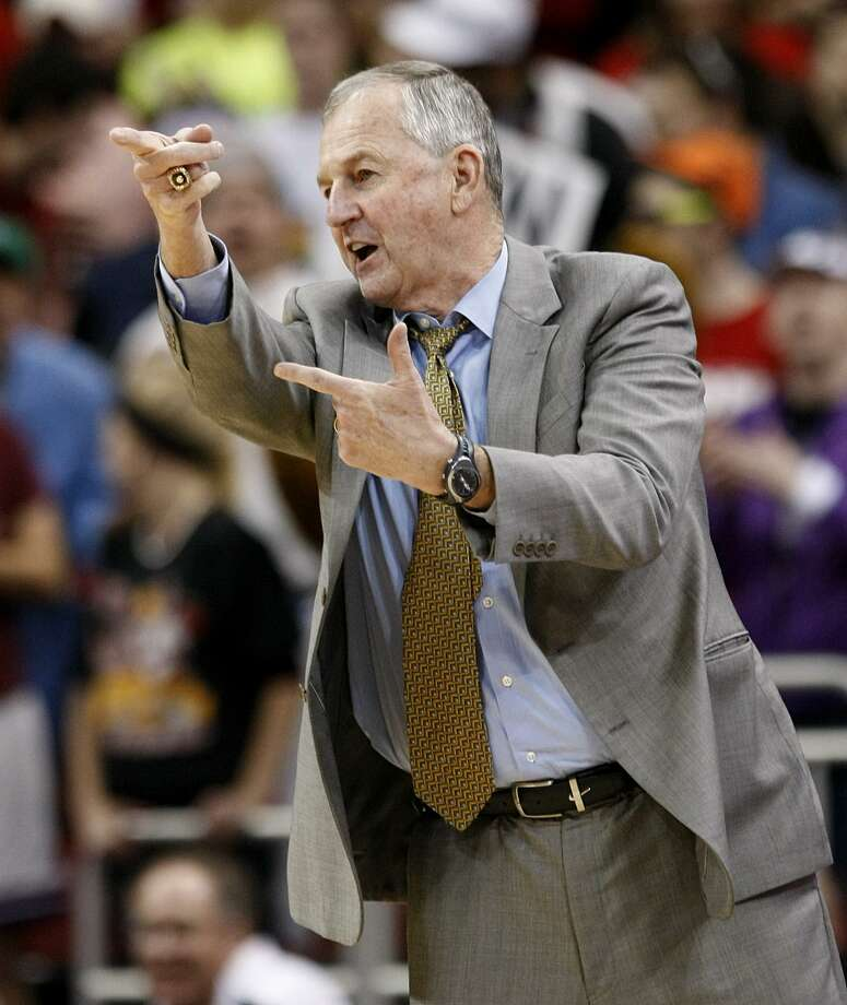 UConn coach Jim Calhoun. File photo. Photo: ASSOCIATED PRESS / AP2011