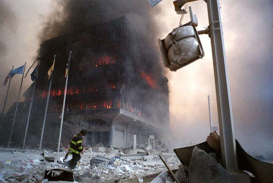 11 Sep 2001 -- Fireman on site. -- Image by &Copy; NEVILLE ELDER/CORBIS SYGMA / © Corbis.  All Rights Reserved.