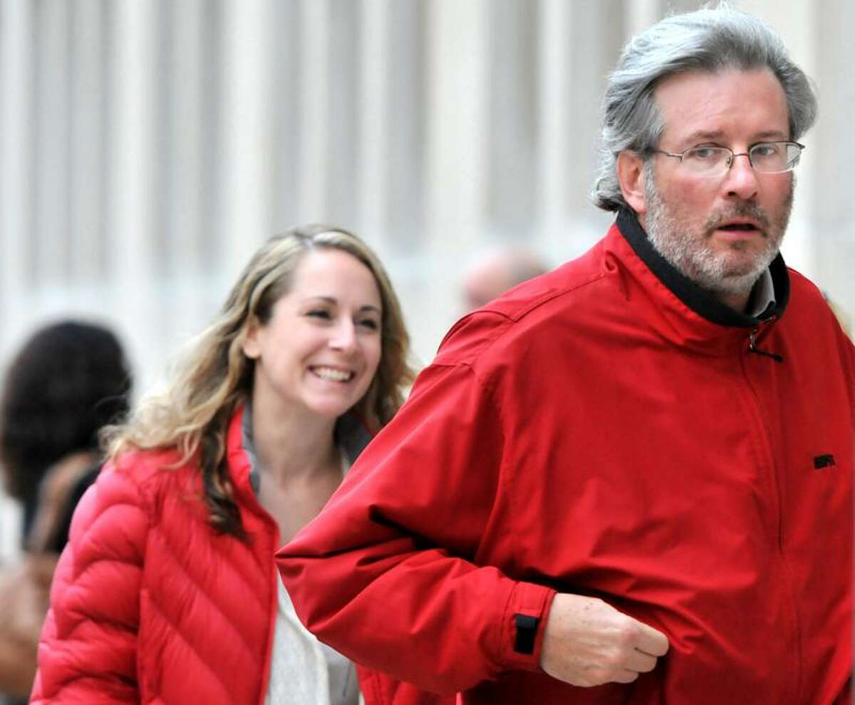 Dr. William Petit Jr., right, enters Superior Court in New Haven Thursday. Peter Hvizdak/Register