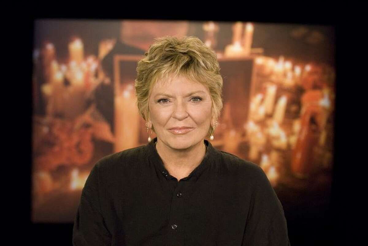 """Barbara Nitke/Nickelodeon photo: Ten years after """"Nick News with Linda Ellerbee"""" first heard from kids about the Sept. 11 attacks, the show sets out to separate fact from fiction for today's kids in """"What Happened? The Story of September 11, 2001,"""" premiering Thursday night at 8 on Nickelodeon."""