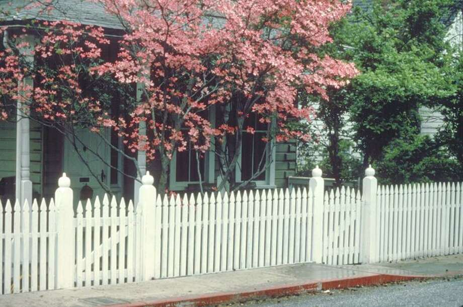 Maureen Gilmer/SHNS: Generations ago, the picket fence was actually a point of pride among homeowners.