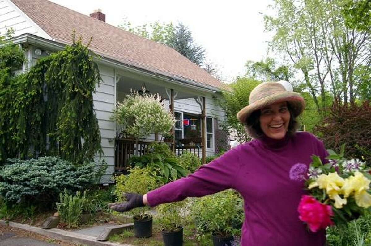 Nancy DuBrule-Clemente, owner of Natureworks garden center and landscaping in Northford, will lead a number of talks this weekend at the Connecticut Flower & Garden Show in Hartford.