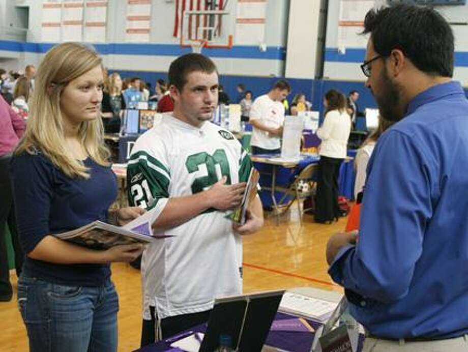 93 schools pack Oneida High for college fair (video) - New