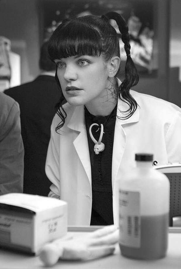 """Pauley Perrette in """"NCIS."""" Photo: CBS / ©2011 CBS Broadcasting Inc. All Rights Reserved"""