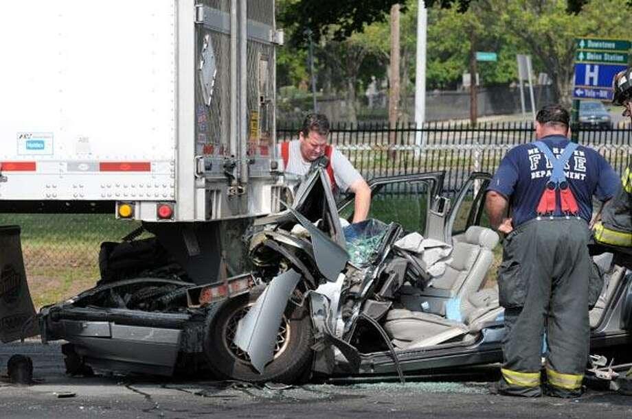 The accident scene on Boulevard near Columbus Ave. in New Haven. (Photo by Mara Lavitt)