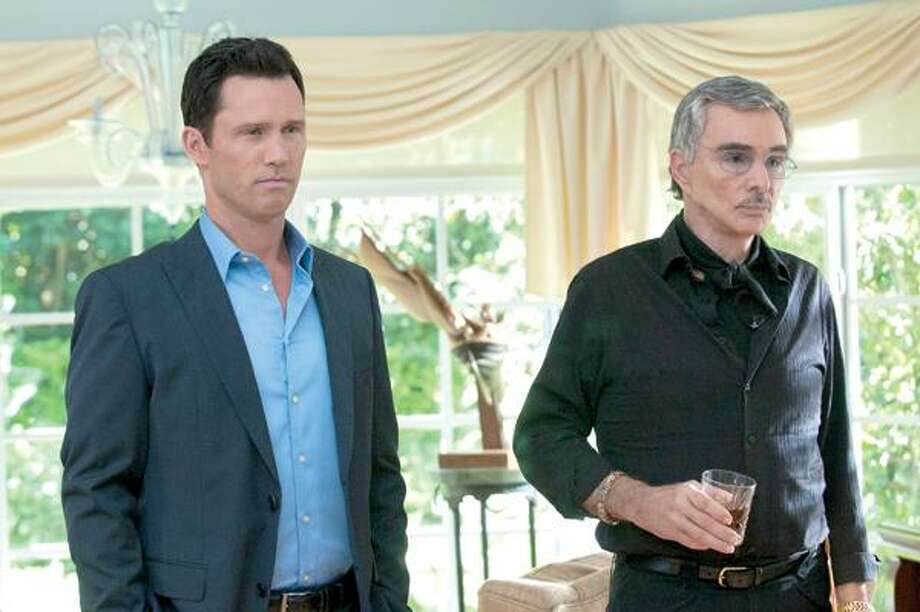 "Jeffrey Donovan, left, as Michael Westen and Burt Reynolds as Paul Anderson in ""Burn Notice"" tonight at 9 on USA Network."