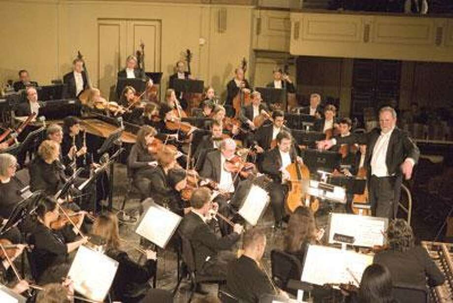 The New Haven Symphony Orchestra performing a concert at Woolsey Hall. (Harold Shapiro)