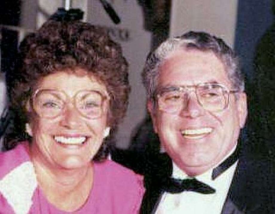 Alzheimer's disease  and cancer may have played a role in the murder-suicide of Joan and Thomas Vanacore.