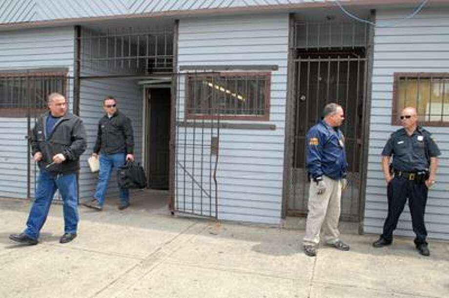 """A monthslong investigation into the sale of stolen goods led police to the """"secondhand"""" shop on Kimberly Avenue. (Peter Hvizdak/Register)"""