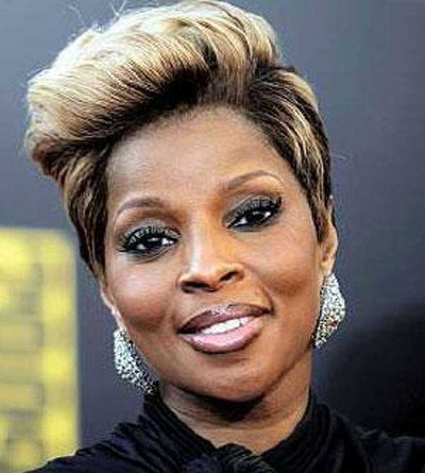 Singer Mary J. Blige stays relevant with all audiences by staying fresh. (Associated Press photos)
