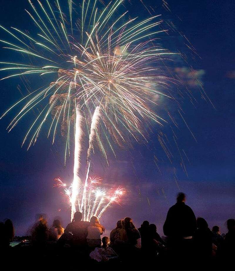 SPARKLE AND BOOM: Celebrate America this July 4 in the greater New Haven area.