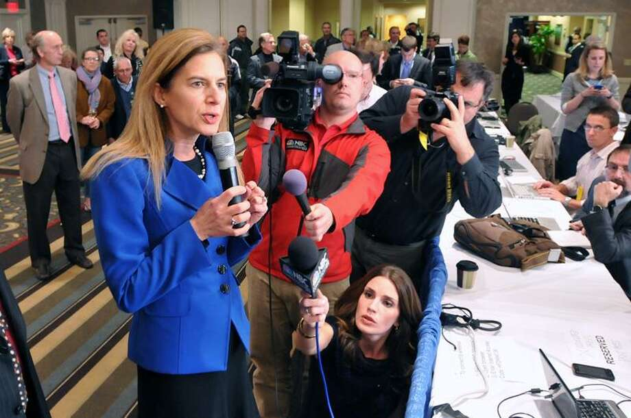 11/2/10 Hartford-- Secretary of the State Susan Bysiewicz talks to the media at Richard Blumenthal headquarters, announcing that polls will be open until 10PM because of a ballot shortage in Bridgeport. Photo-Peter Casolino/New Haven Register