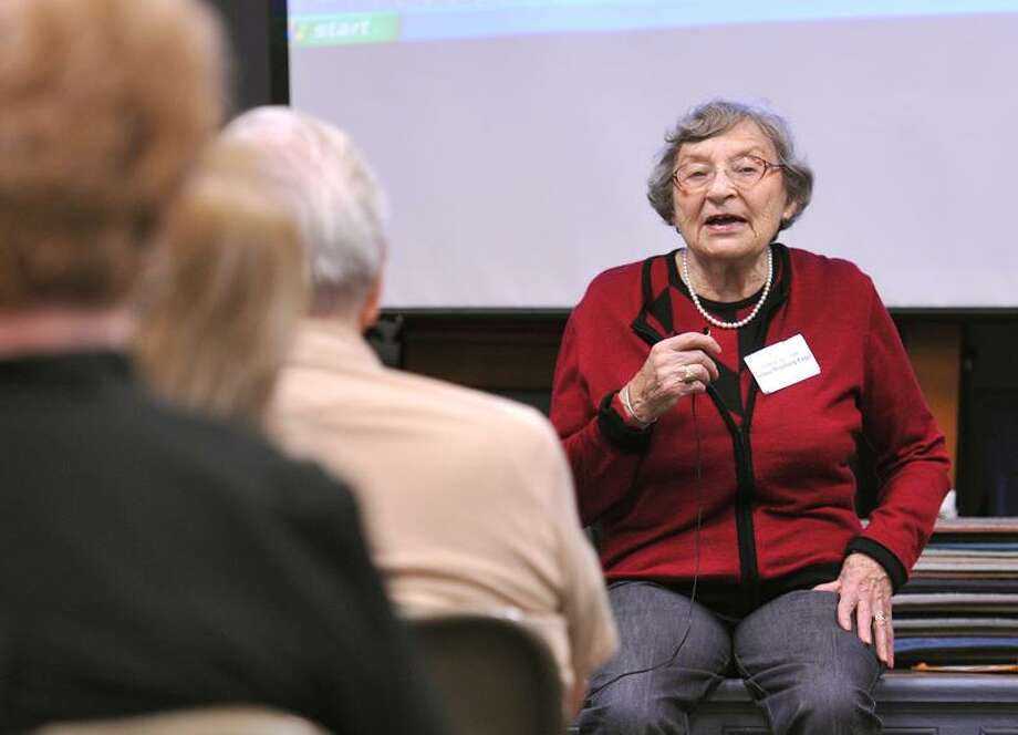 Selma Wijnberg Engel recounts her experiences in the Sobibor death camp in Poland. Wijnberg Engel spoke to a group at the Hagaman Memorial Library in East Haven. Wijnberg Engel escaped from the camp with some other 300 people, most who did not make it through the war . Photo/Peter Casolino