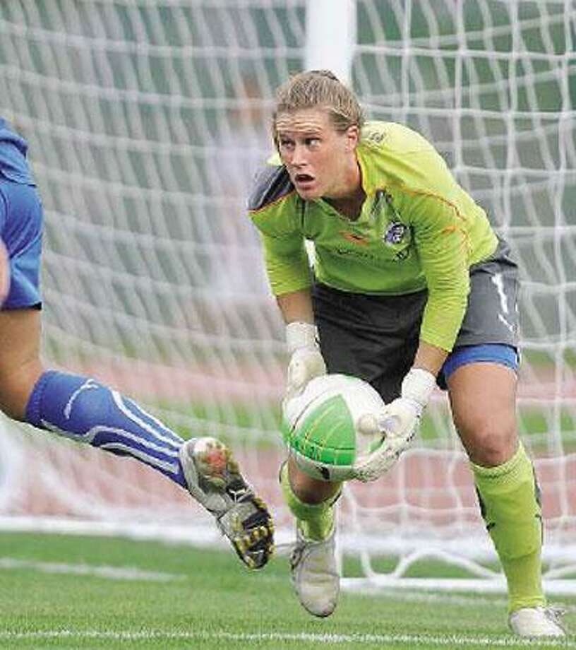 Boston Breaker goalkeeper Alyssa Naeher of Seymour makes a save against Atlanta Saturday in New Britain. (Peter Casolino/Register)
