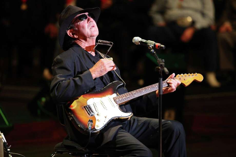 Tony Joe White performs at the Musicians Hall of Fame awards show at the Schermerhorn Symphony Center in Nashville, Tenn., Monday, Oct. 12, 2009. (AP Photo/Josh Anderson) Photo: ASSOCIATED PRESS / FR160297AP