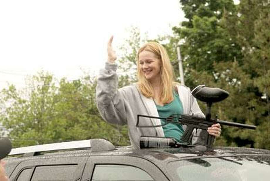 """Laura Linney takes aim in """"The Big C."""""""