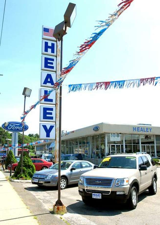The Healey Ford dealership in Ansonia is photographed on 6/2/2010.Photo by Arnold Gold   AG0365E