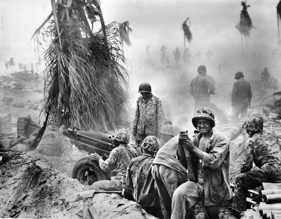 U.S. Marines at the Battle of Tarawa in the Gilbert islands during World War II. Photo: Ullstein Bild/ullstein Bild Via Getty Images
